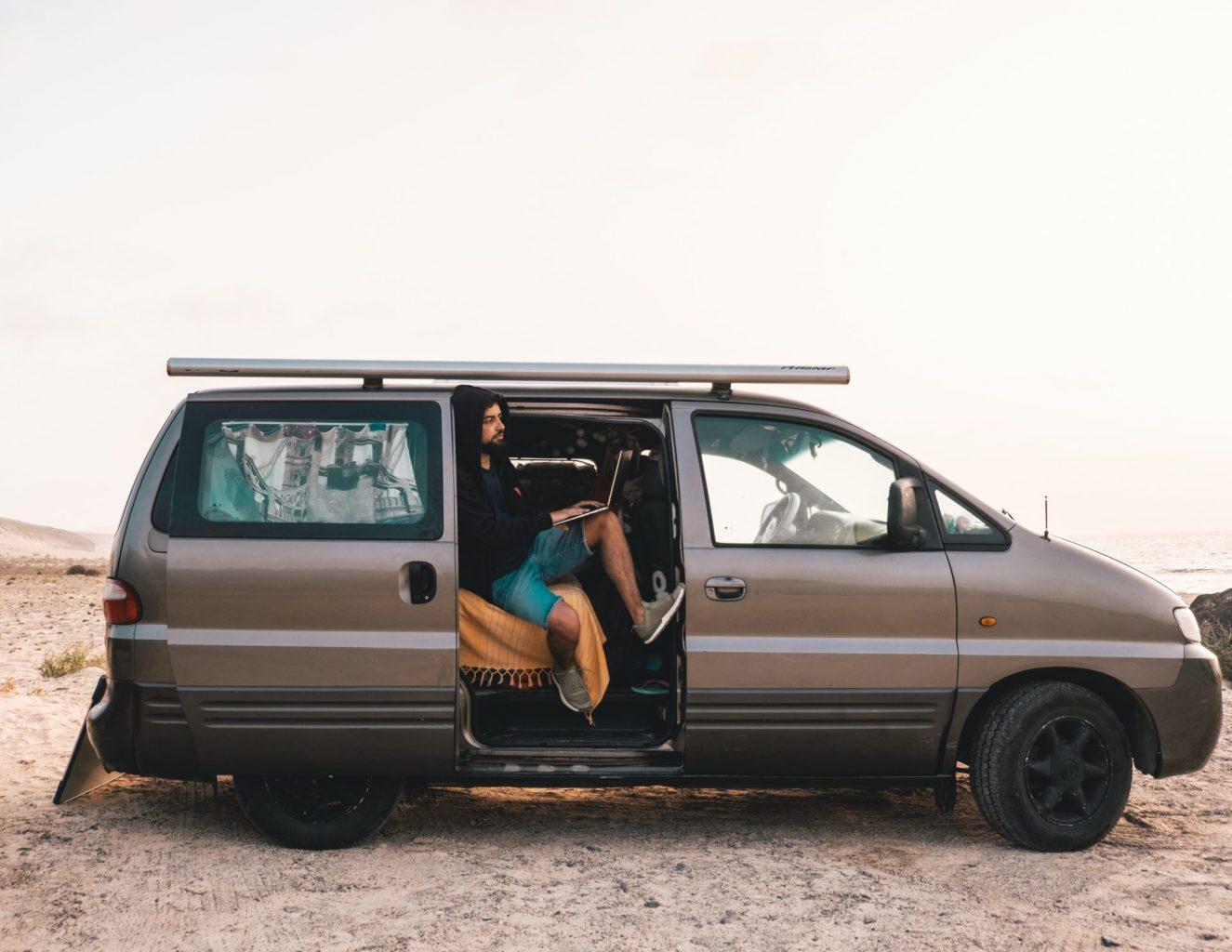 nomade digitale canarie van